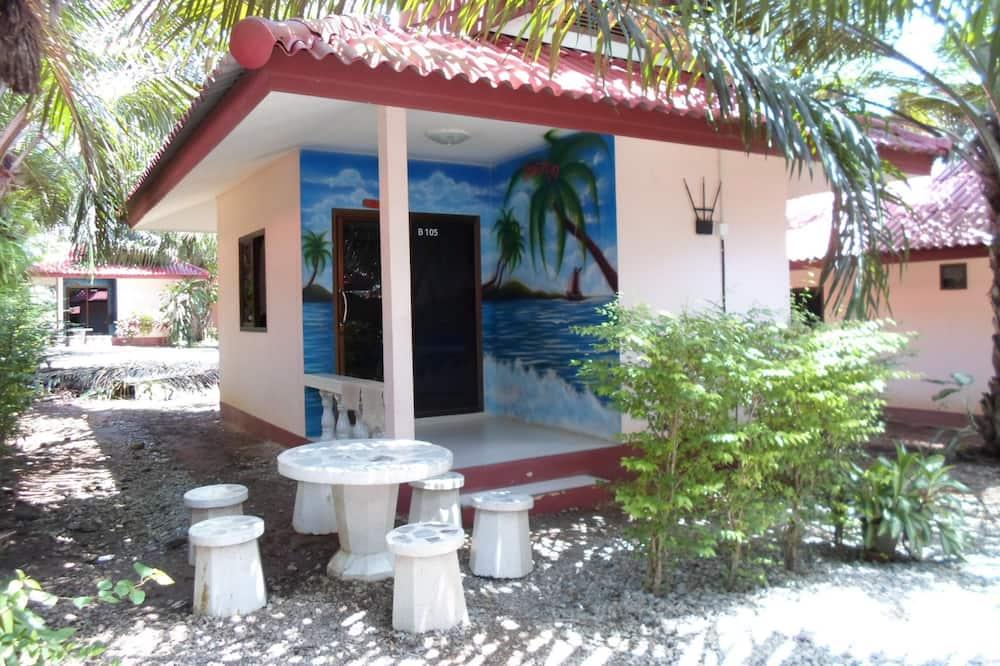 Standard Bungalow, 1 Double Bed, Garden View - Terrace/Patio