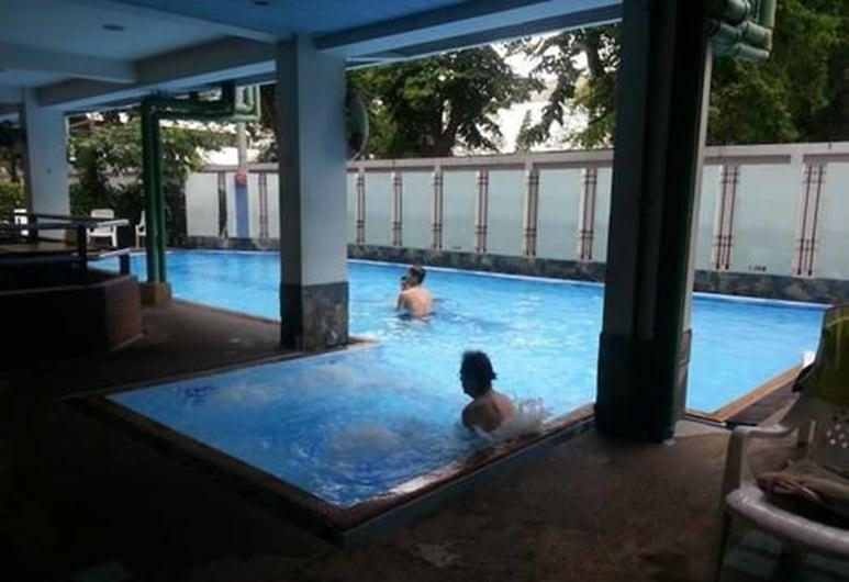 New Siam II, Μπανγκόκ, Πισίνα