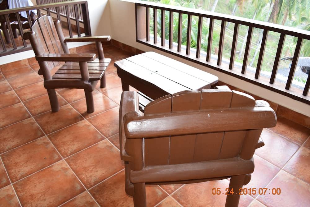 Deluxe Double Room, Non Smoking - Balcony
