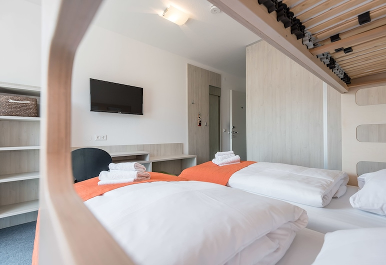 Motel Einstein Erding, Erding, Zweibettzimmer mit Hochbett, Zimmer