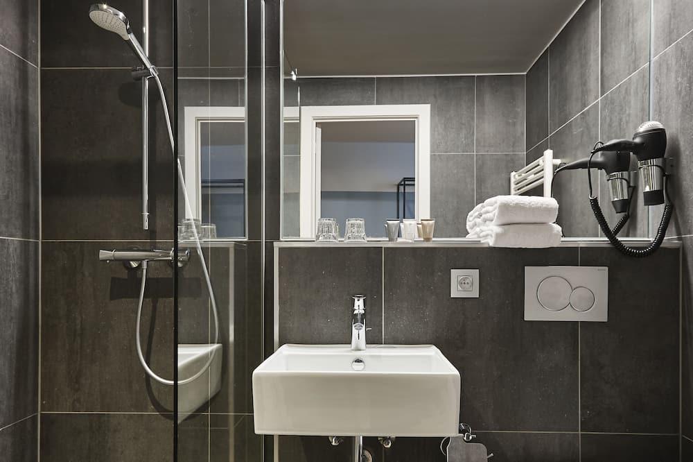 Двомісний номер категорії «Superior», з видом на канал - Ванна кімната