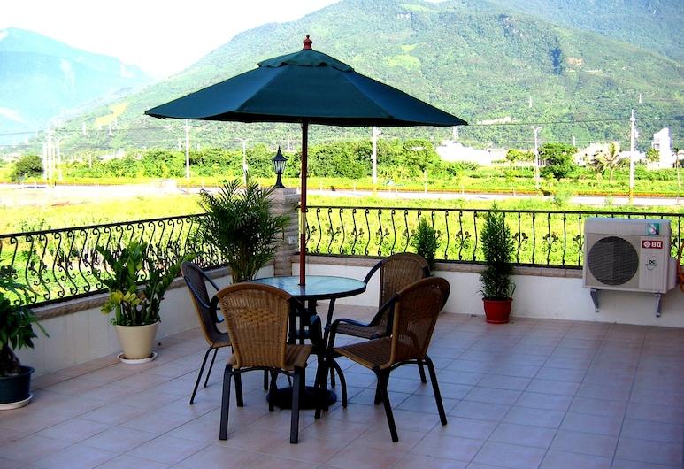 Evergreen Garden Home, Ji'an, Deluxe dubbelrum, Terrass