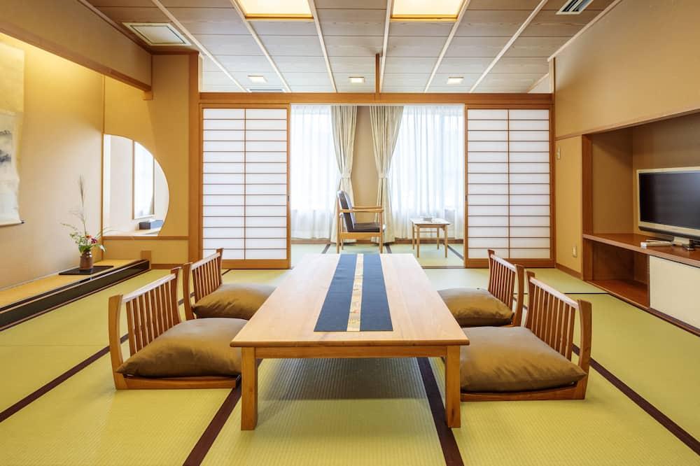 Traditional Oda, Sigara İçilebilir - Oturma Alanı