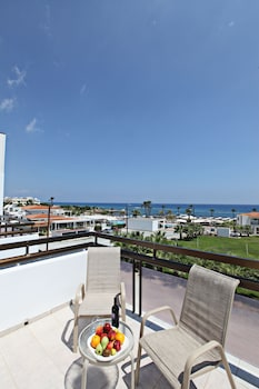Picture of Marlita Beach Hotel Apartments in Protaras