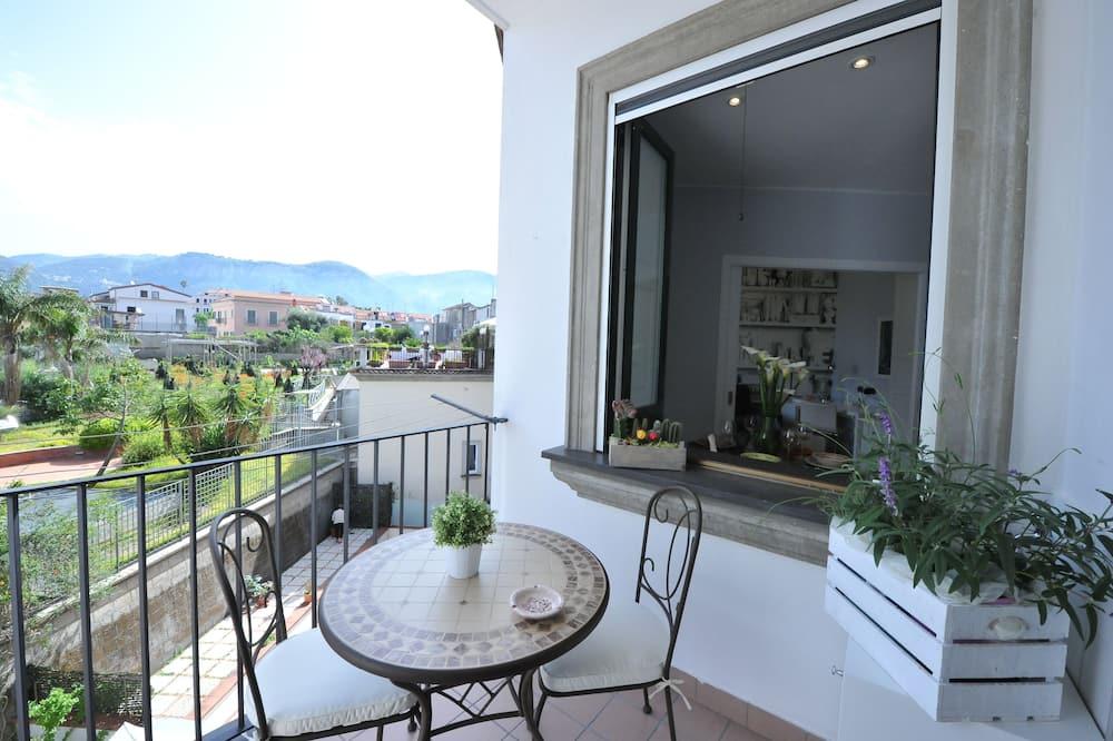 Apartment (La Marinella) - Balcony