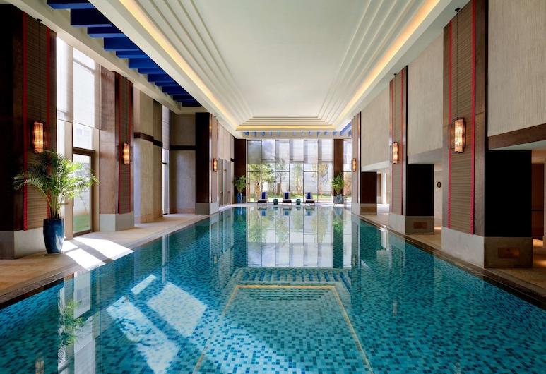 Shangri-La Resort, Shangri-La, Deqin, Piscina coperta