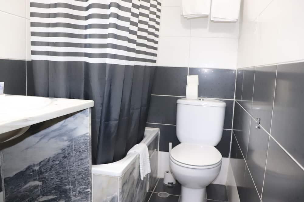 Quarto Duplo Standard, Casa de Banho Privativa - Casa de banho