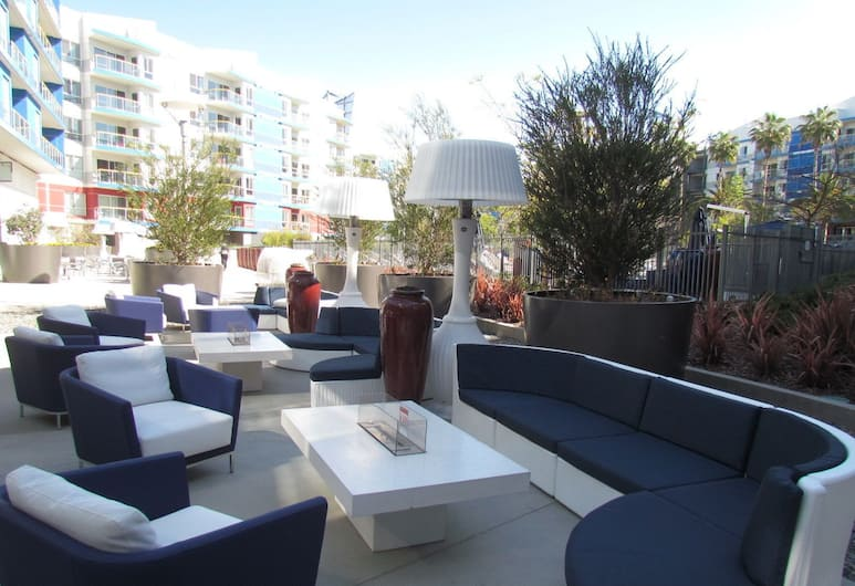 Resort Style Walk to the Beach, Marina del Rey, Terrace/Patio