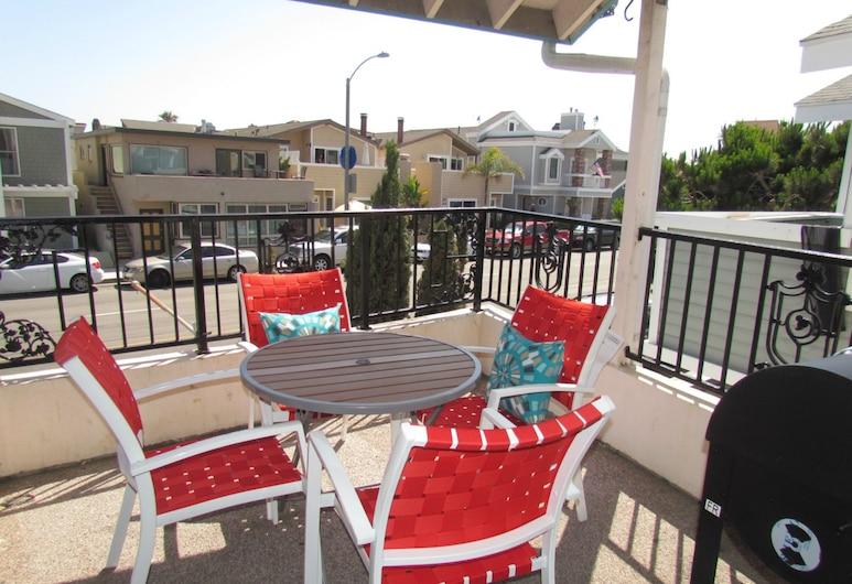 Peach Blossom Across From the Beach, Newport Beach, Dubleks, 3 Yatak Odası, Balkon