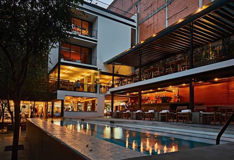 Hotel Carlota, Mexico City
