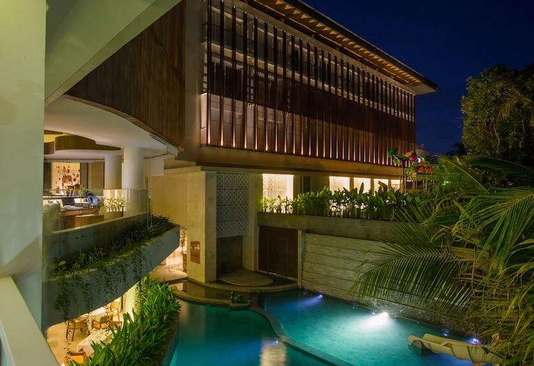 Bali Paragon Resort Hotel, Jimbaran, Piscina al aire libre