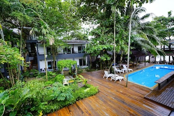 Picture of Apple Beachfront Resort in Ko Chang