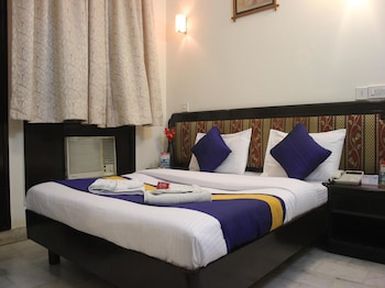 OYO 518 Hotel Sundeep Inn