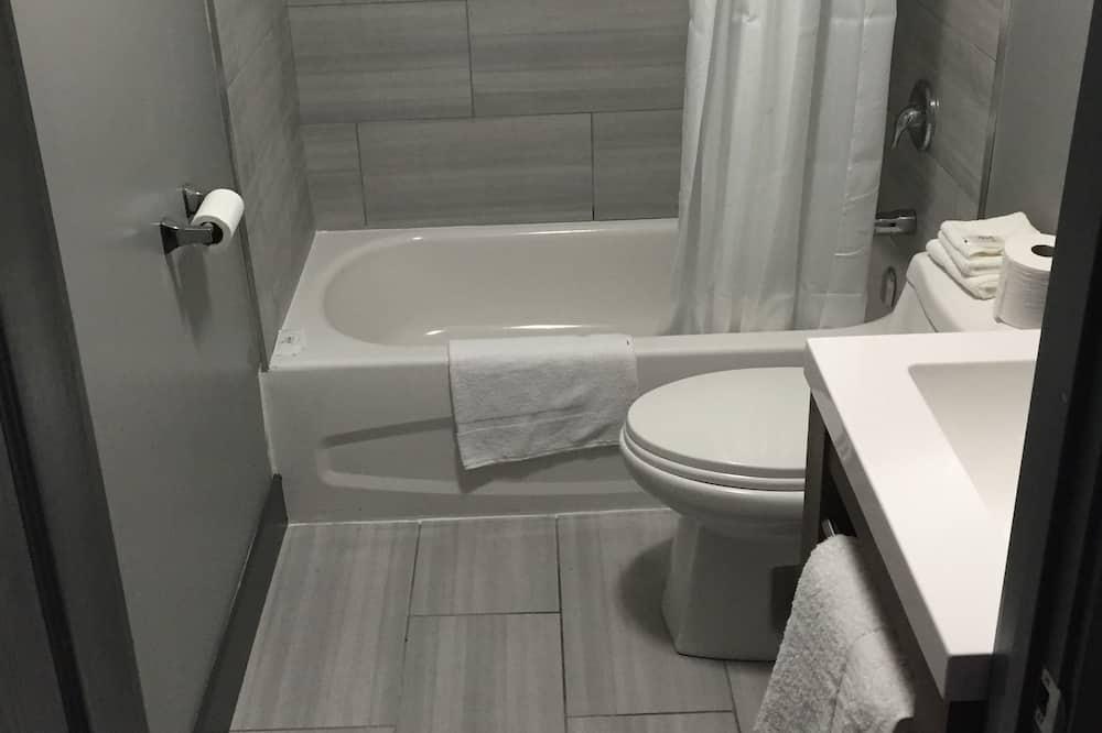 ห้องสแตนดาร์ด, เตียงควีนไซส์ 1 เตียง - ห้องน้ำ