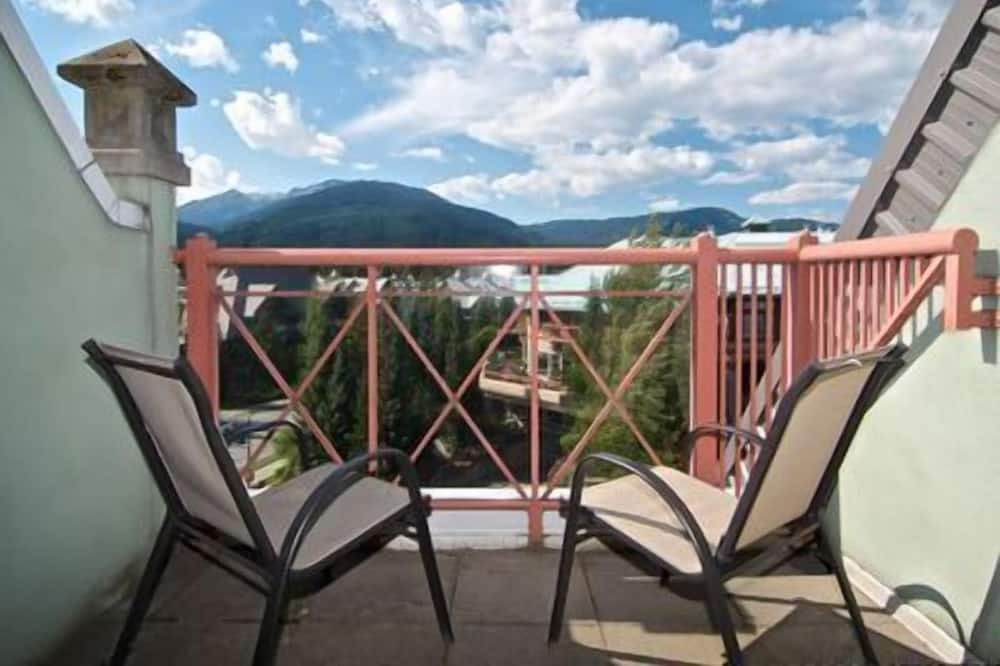 Franz's Run - Terrace/Patio