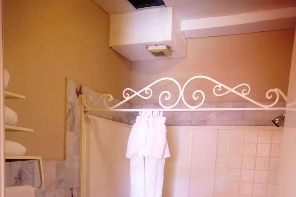 Студия «Джуниор» - Ванная комната