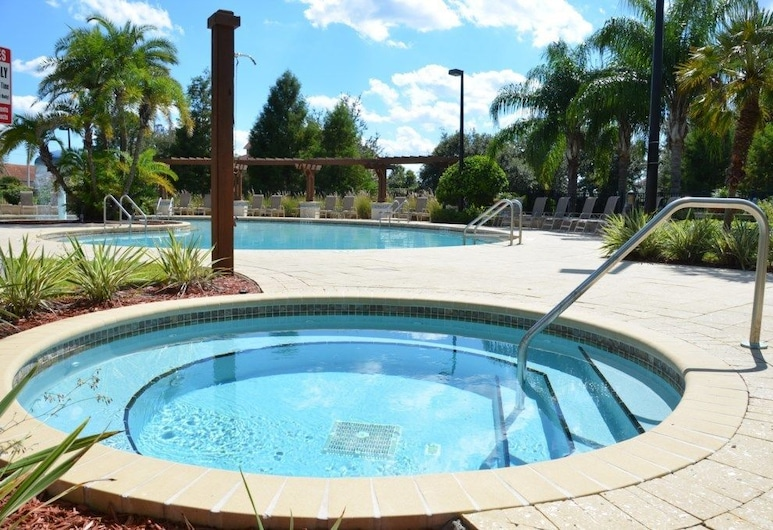 Lucaya Village by VHC Hospitality, Kissimmee, Outdoor Pool