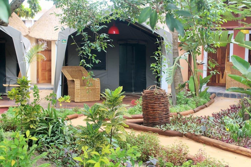 Comfort Tent, Non Smoking, Garden View - Room