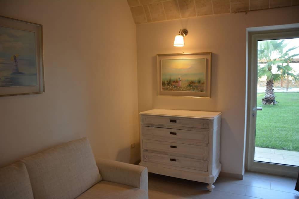 Deluxe Apartment, 1 Bedroom, Patio - Living Area