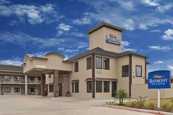 Picture of Baymont Inn & Suites Bryan College Station in Bryan