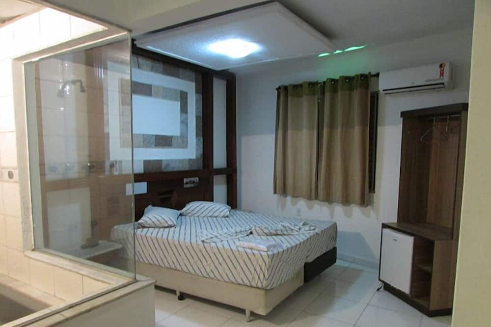Deluxe Double Room Single Use, Jetted Tub - Guest Room