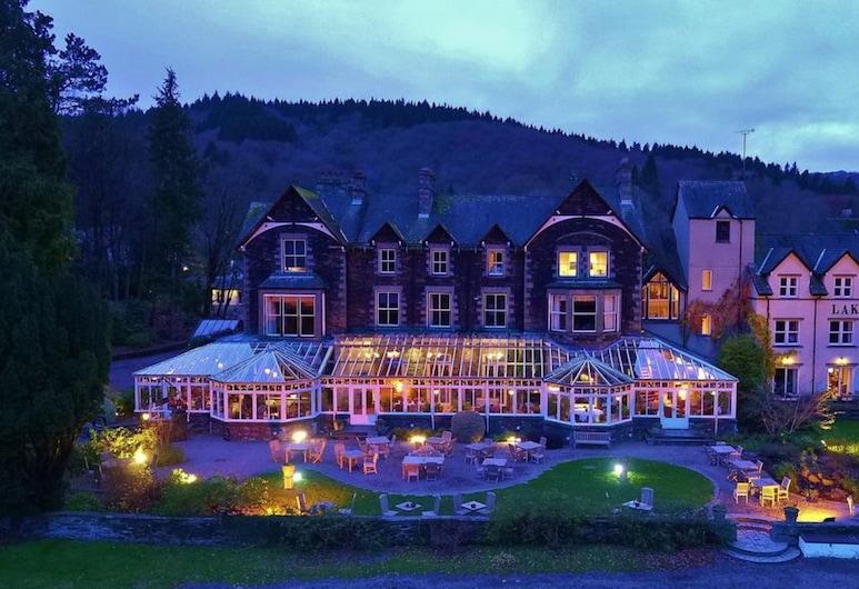 Lakeside Hotel & Spa, Ulverston, Hadapan Hotel - Petang/Malam