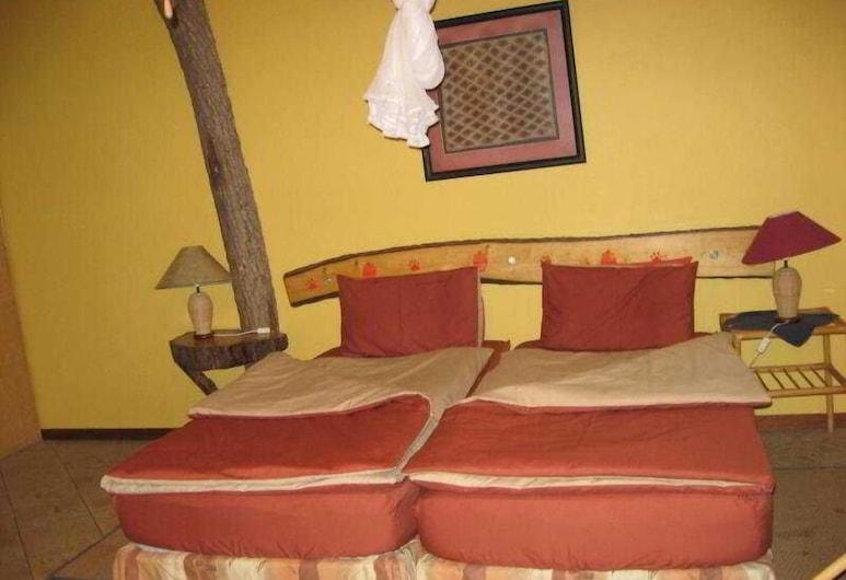 Etosha Garten Hotel, Outjo