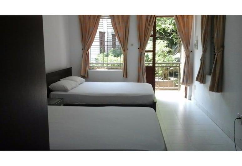 Long Chau Resort, Xuyen Moc, Standard Triple Room, Guest Room