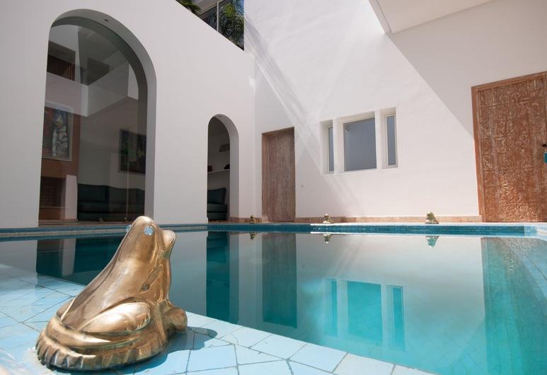 Riad Zyo, Rabat, Açık Yüzme Havuzu
