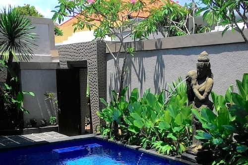 Book Buana Bali Villas Spa In Jimbaran Hotels Com