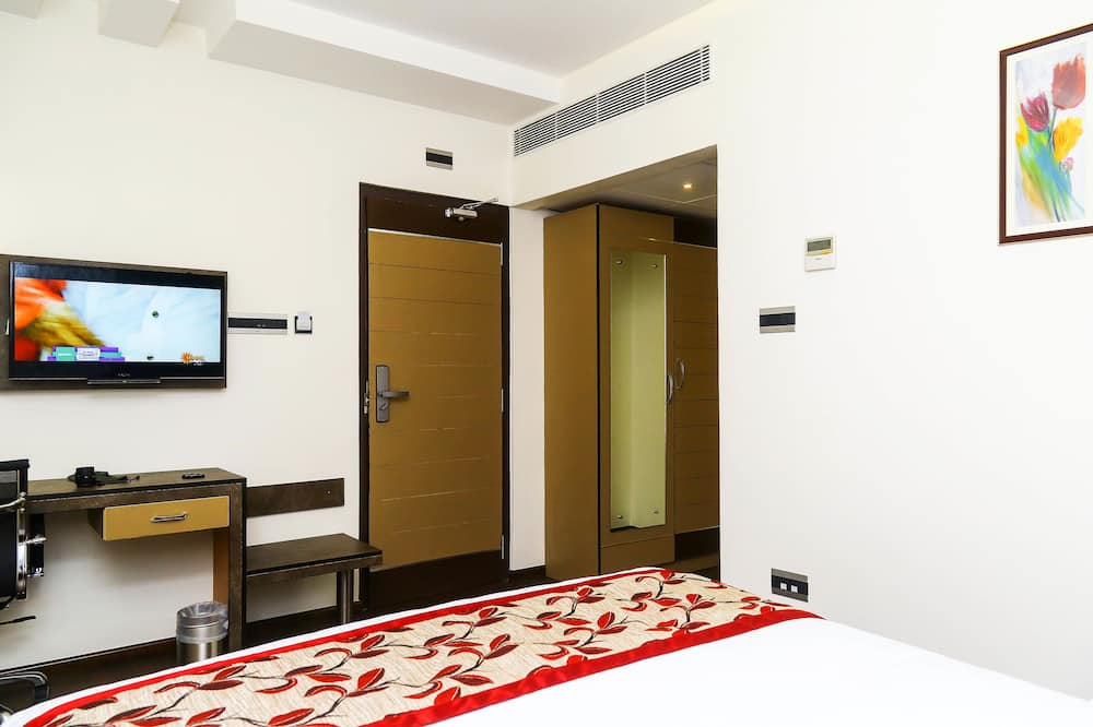 Standard Double or Twin Room, 1 Double Bed - Guest Room View