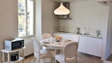 Choose this Apartment in Bardolino - Online Room Reservations