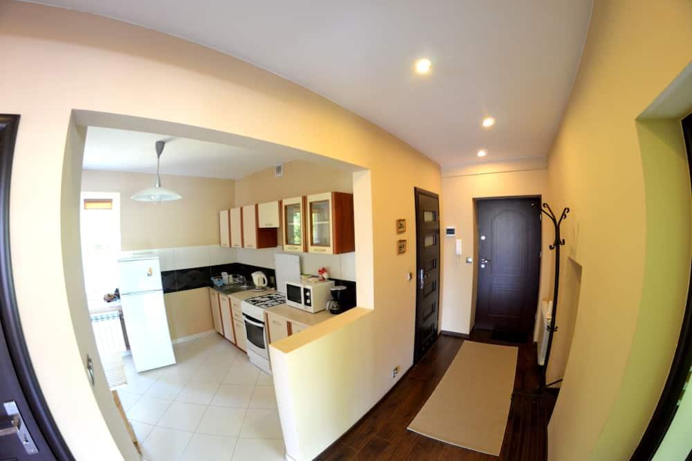 Comfort-Apartment, 2Schlafzimmer, Balkon, Bergblick - Wohnbereich