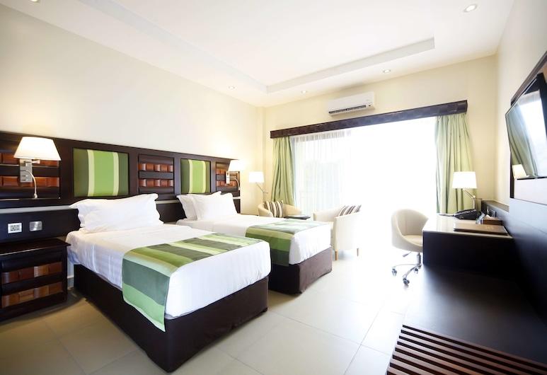 貝斯特韋斯特恩德培高級花園酒店, 恩德比, 豪華雙床房, 客房