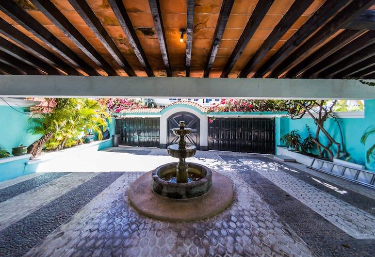 La Villa du Golf à Cancun, Cancún, Majoitusliikkeen sisäänkäynti