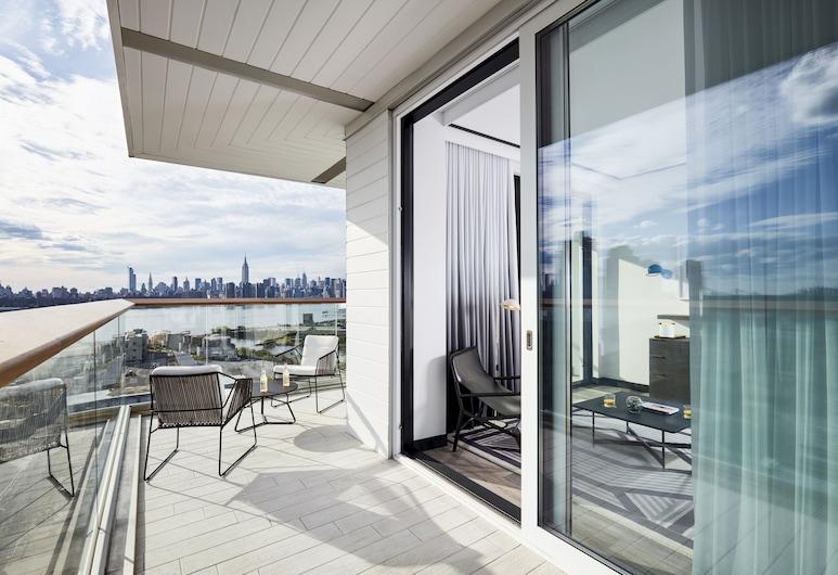 The William Vale, Brooklyn, Apartmá, dvojlůžko (180 cm), balkon, rohový pokoj (Gotham), Balkón