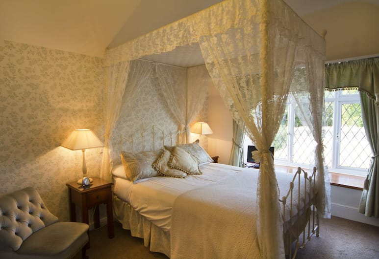 Virginia Lodge, Stratford-upon-Avon, Double Room, Ensuite (Four Poster), Guest Room