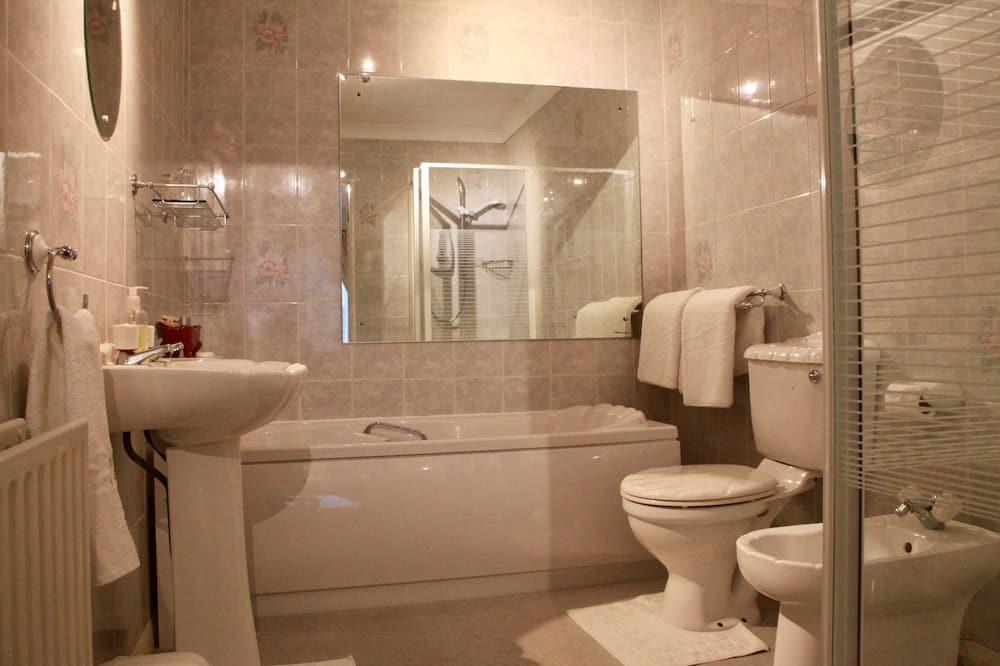 Camera Standard con 2 letti singoli, bagno in camera (shower + bath) - Bagno