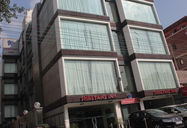 Shreyans Inn, New Delhi