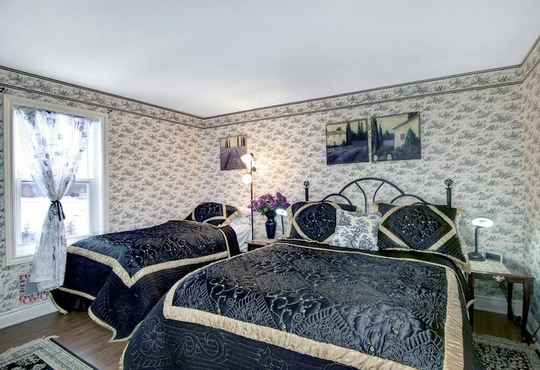 Cobblestone Bed and Breakfast, Niagara-on-the-Lake, Suite (Queen and Twin), Zimmer