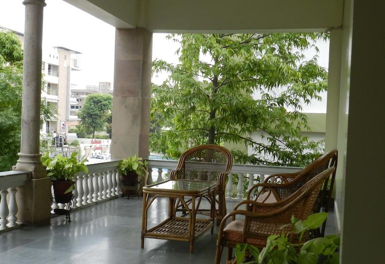 Tara Niwas, Jaipur, Terraza o patio