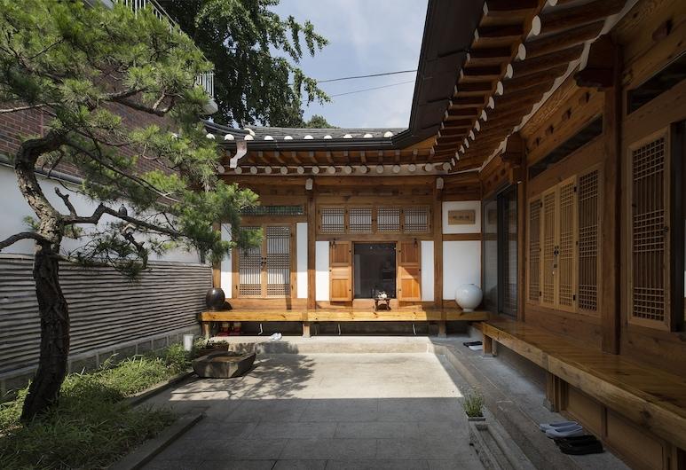 Xiwoo Hanok Guesthouse, Seoul