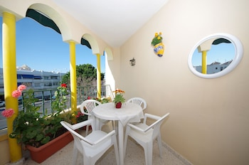 Picture of Hostal Azahara in Nerja