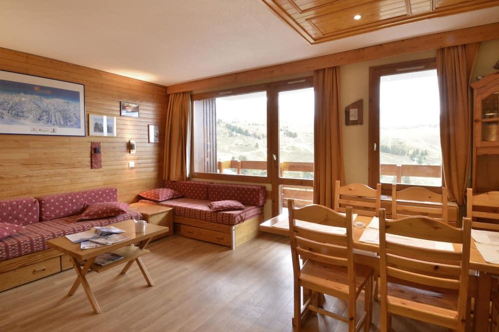 شقة - غرفتا نوم - منظر للجبل (42/55m²) - منطقة المعيشة