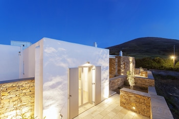 ภาพ White Tinos Luxury Suites ใน Tinos