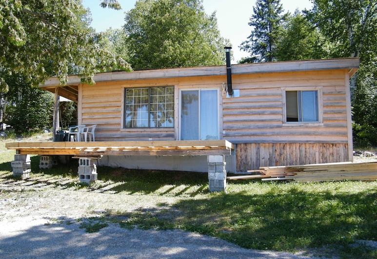 Mowat Landing Cottages, Mowat Landing, Honeymoon-huvila, 1 makuuhuone, Poreamme, Järvinäköala, Huone