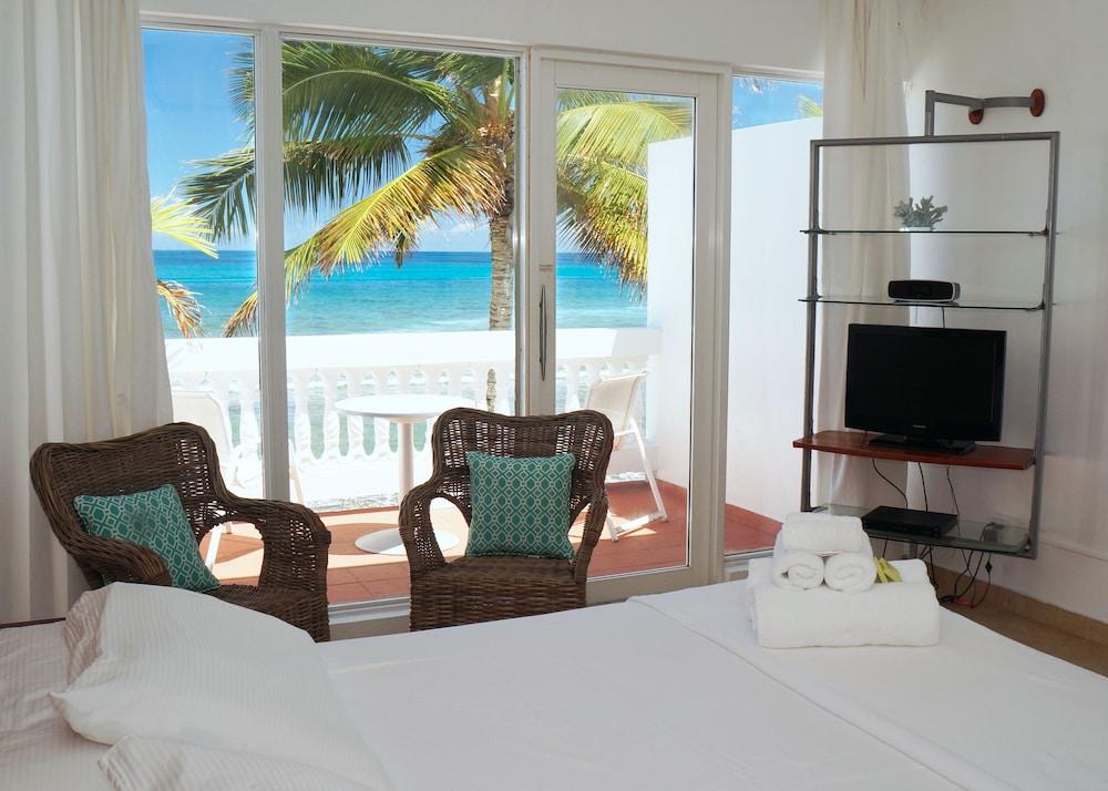 Bravo Beach Hotel Vieques