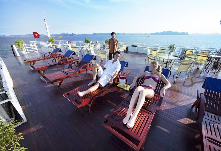 Huong Hai Sealife Cruise, Ha Long, Altan
