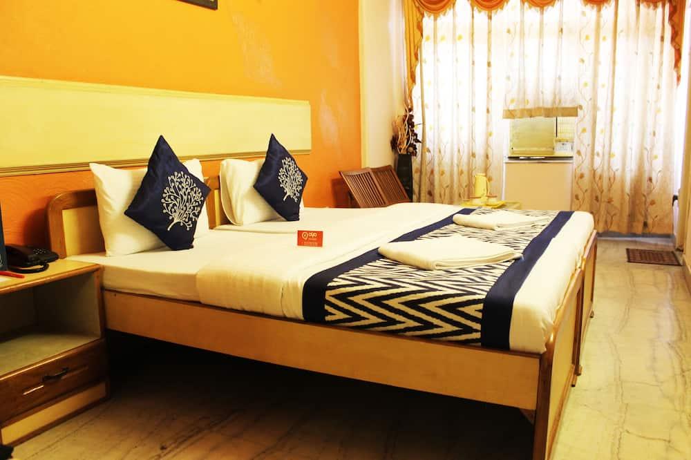Chambre Standard Double ou avec lits jumeaux, 1 lit double, salle de bains privée - Vue depuis la chambre