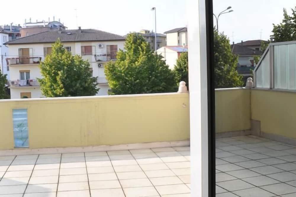 Family Quadruple Room, Balcony, City View - Balcony